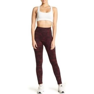 Spanx Look at me Now Seamless Leggings Wine Camo